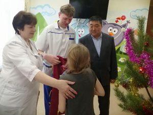 200 новогодних подарков было собрано в рамках акции «Щедрый вторник в Каменске-Уральском»