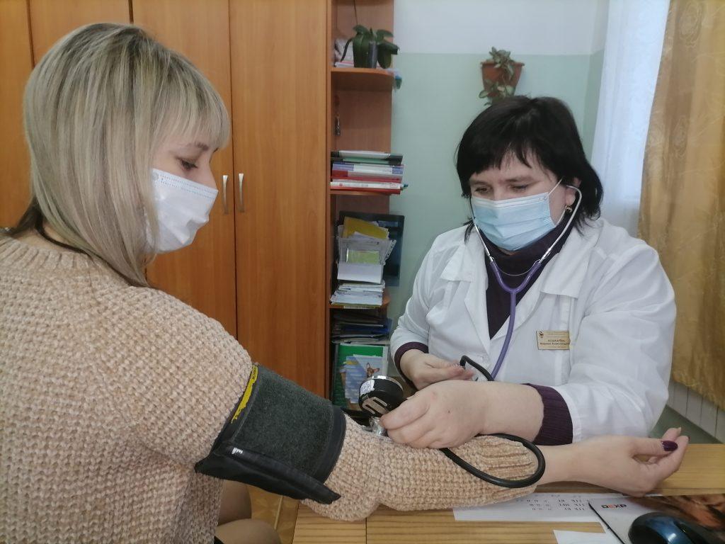 Фельдшер Марина Кошкарёва – семейный доктор для многих каменцев