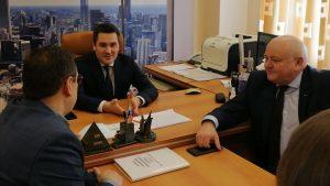 Городскую больницу посетил заместитель главы Минздрава Денис Демидов